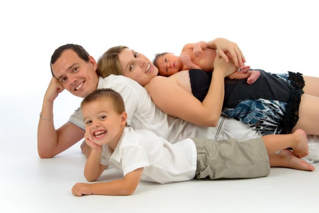 Séance New Born, bébé, famille, studio (2)