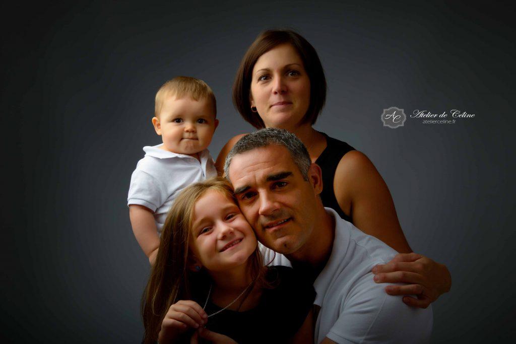 Séance famille, studio, 1 an, enfant (1)