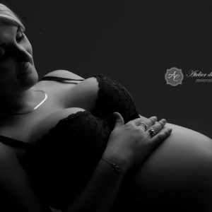 Séance grossesse, femme, femme enceinte, studio, couple (1)