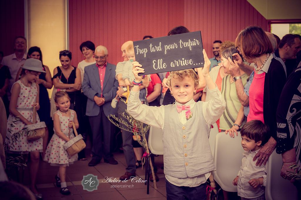 Mariage, cérémonie religieuse, couple, extérieur, église (8)
